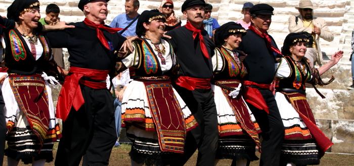 GreekFestivalpeople