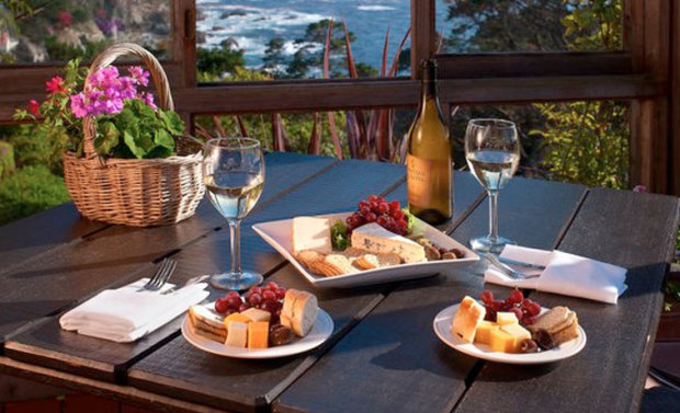 Romantic Hotels and Inns in Carmel