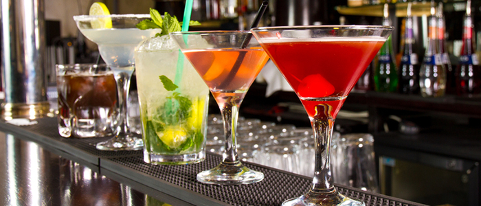 shutterstock_cocktails2GUIDEfeatured