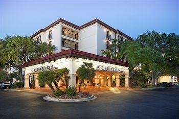 Doubletree By Hilton San Antonio Airport