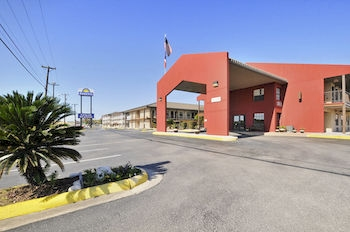 Days Inn San Antonio / Near Lackland Afb