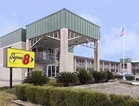 Super 8 Motel - Seguin