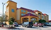 La Quinta Inn & Suites San Antonio North Stone Oak