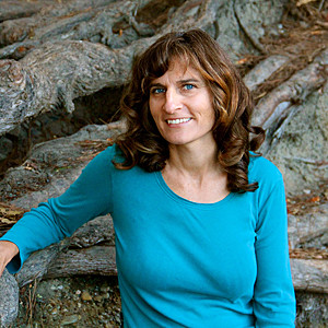 Santa Cruz's Renee Tennant believes balancing bioenergy can change the way we live. (Photo by Chip Scheuer)