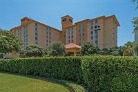 La Quinta Inn And Suites San Antonio Airport