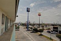 Motel 6 - San Antonio Northeast