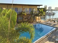 Surf N Sand Motel