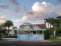 Sea Breeze Manor Bed & Breakfast